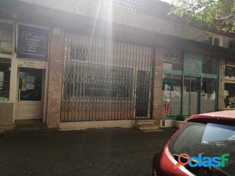 Local en venta en ciudad lineal, madrid