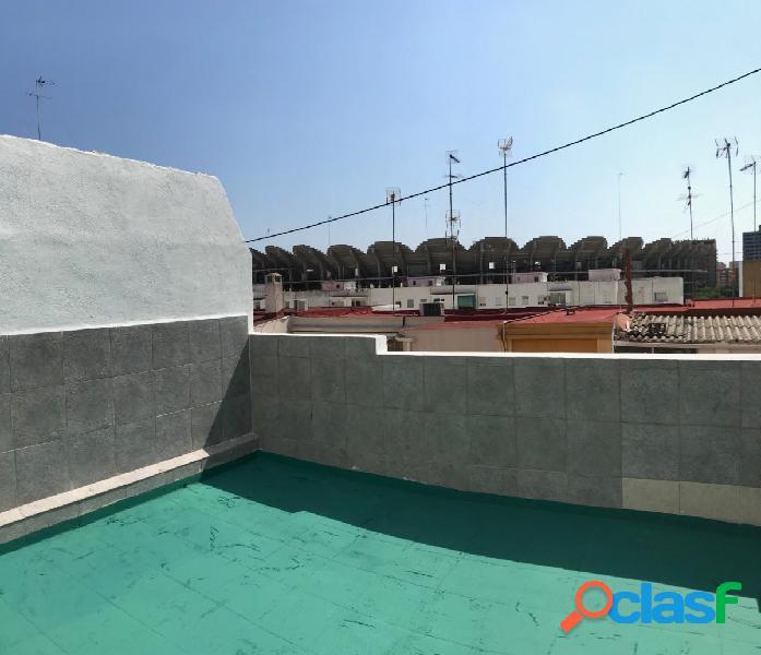 Atico 70+15 metros terraza, vistas a futuro nuevo mestalla, orientación suroeste, hiperluminoso, asc