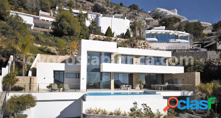 Villa de lujo con vistas al mar en altea hills en venta