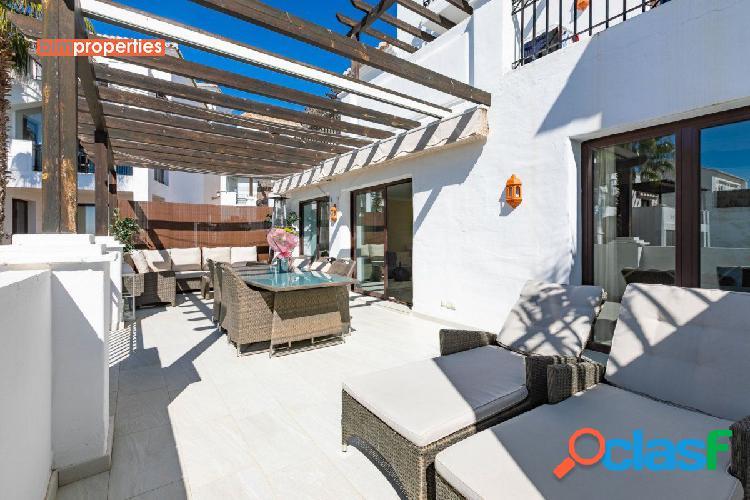 Atico duplex con vistas panoramicas al mar en los monteros,marbella,malaga