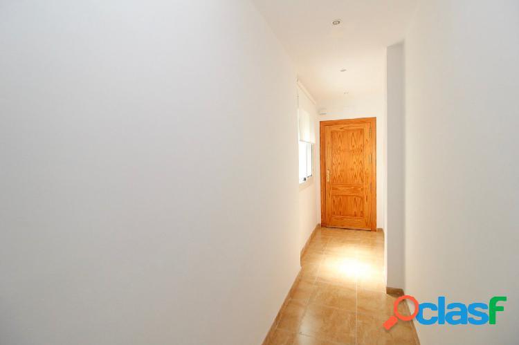 Piso de 3 dormitorios con plaza de garaje en Ejido Norte 1