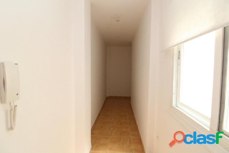 Piso de 3 dormitorios con plaza de garaje en Ejido Norte 2