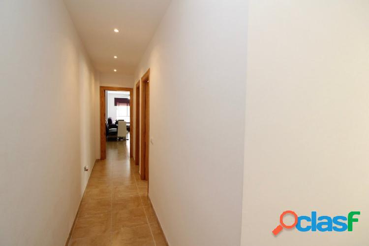Piso de 3 dormitorios con plaza de garaje en Ejido Norte 3