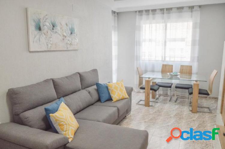 Apartamento renovado a 300m de la playa