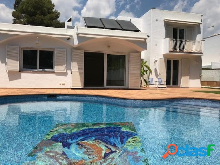 Fantastica!!! casa en venta en los viñedos (sant pere ribes)