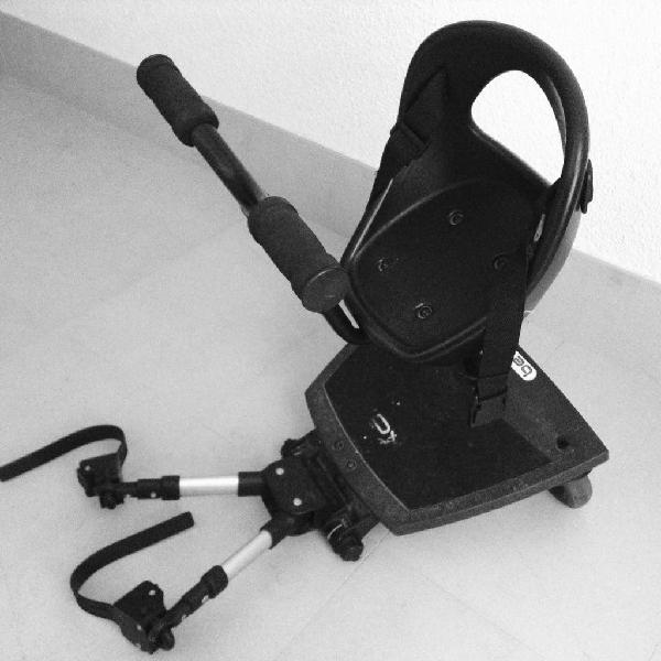 Asiento y patinete universal