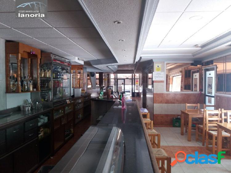 La noria vende o traspasa local de hosteleria en pleno funcionamiento ideal para feria