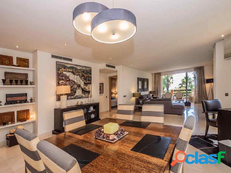 Apartamento en Nagüeles, excelente urbanización en la mejor zona de Marbella 2