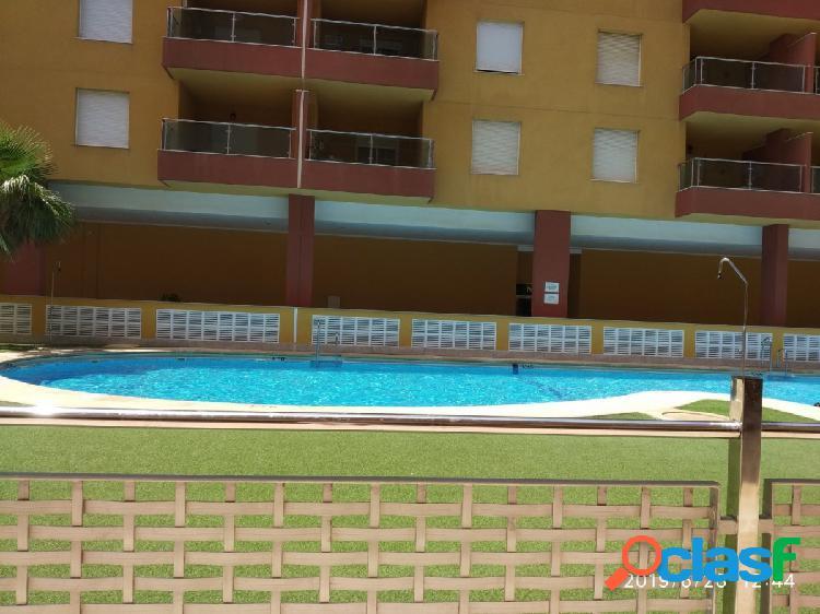 Apartamento en roquetas de mar zona el puerto, 98 m, 100 mts de la playa