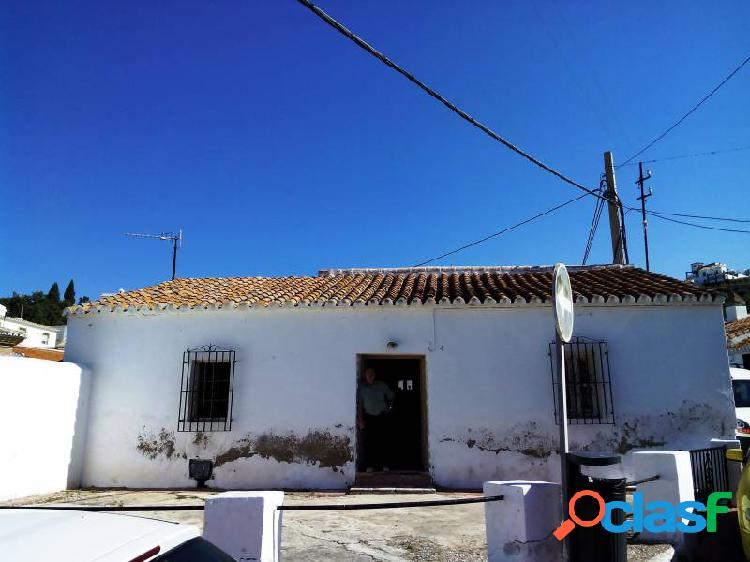 Casa para restaurar en chilches 90 m2 de vivienda situada en parcela de 300 m2.