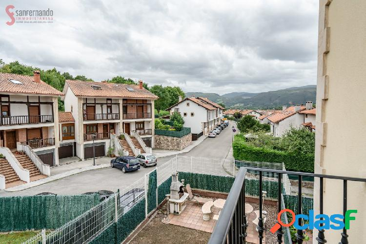 Chalet adosado con jardín y garaje para 2 coches en Cabezón de la Sal 3