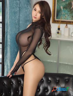 Una mujer sensual, femenina