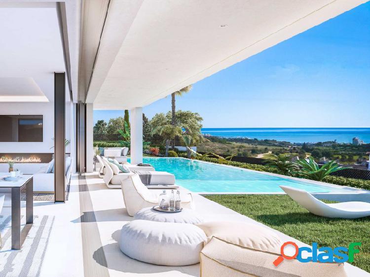 Villas independientes en la nueva milla de oro, con piscina a cinco minutos de la playa en estepona