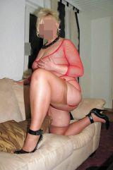 BUSCAMOS CHICA BISEX PAGAMOS
