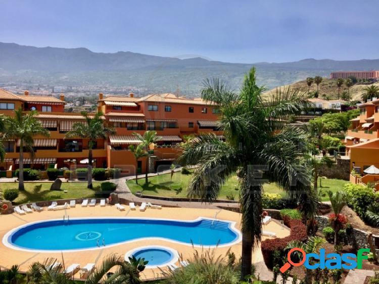 Apartamento 2 dormitorios en residencial con piscina y jardines comunes