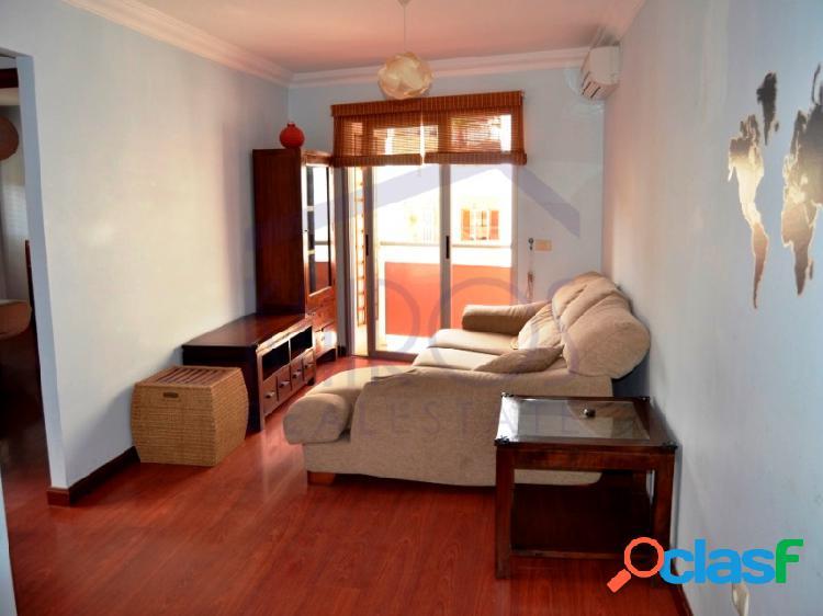 En venta apartamento de 2 dormitorios con garaje y ascensor en valle san lorenzo