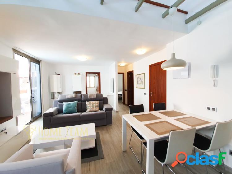 Moderno apartamento con terraza y piscina comunitaria