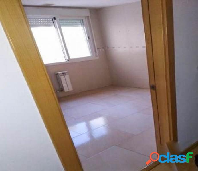 Promoción de pisos de 1 y 2 dormitorios, a estrenar, en La Zubia. 3