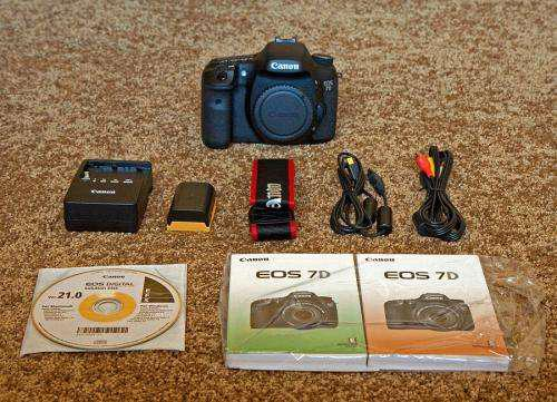 Canon eos 7d digital slr camera with canon ef 28-135mm is