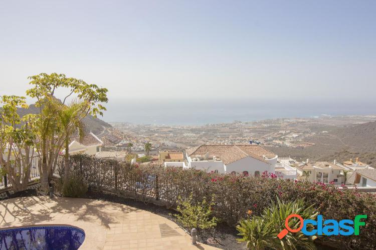 Villa espectacular en roque del conde con excelentes vistas al mar.