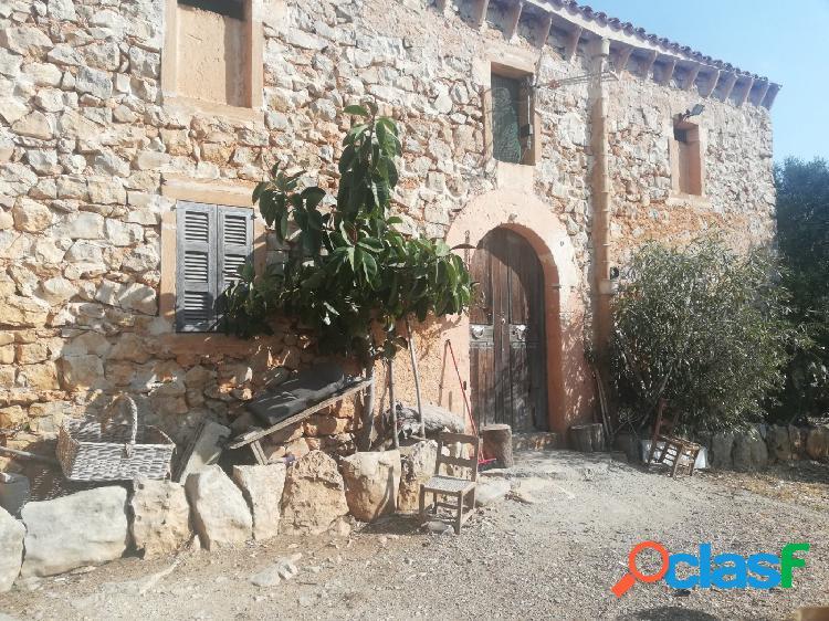 Casa de piedra con vistas al mar cerca del pueblo. (escuchamos ofertas)