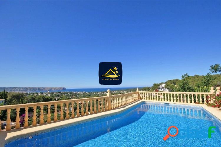Villa tradicional con vistas panorámicas al mar y montgo en javea · costa nova | 5 dorm · 5 baños