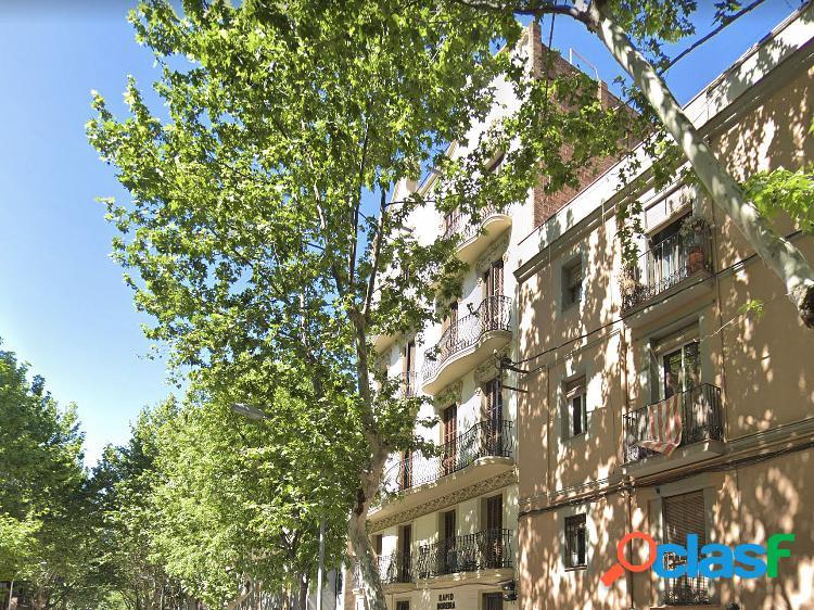 Edificio en venta en poblenou, barcelona.