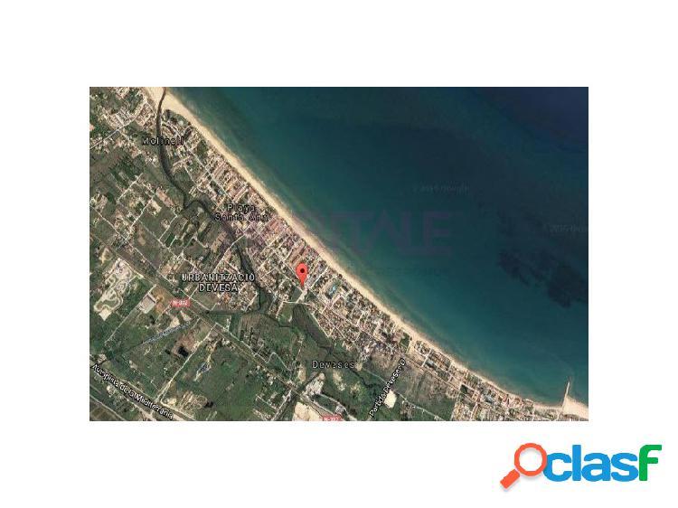 Producto bancario. solar de 139 m2 ubicado en la playa de les deveses de dénia. uso mayoritario residencial, de 239 m2 de edificabilidad total, y con un máximo de 1 viviendas.
