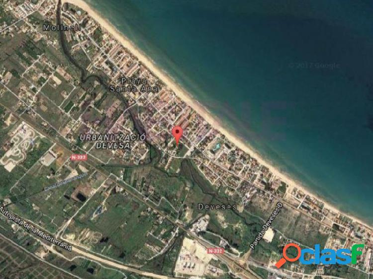Producto bancario. solar de 5.287 m2.en la playa de les deveses de dénia. uso mayoritario residencial, de 1150 m2 de edificablidad total, y con un máximo de 5 viviendas.