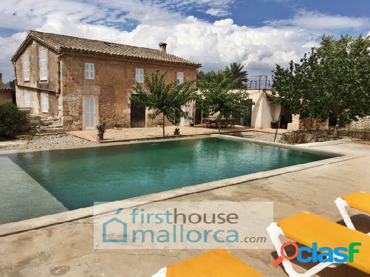 Casa unifamiliar con gran encanto en el campo, con piscina. mallorca. sineu. ideal para convivir en la época covid