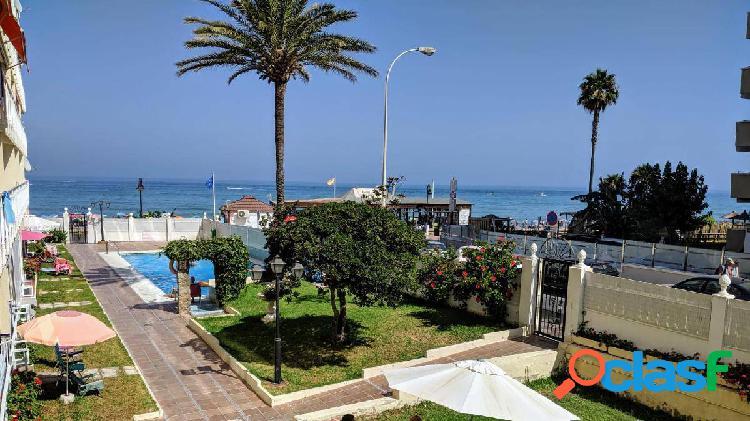 Alquiler 1ª linea de playa zona carihuela
