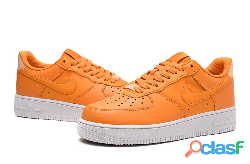 Nike air force ,rojo y naranja zapatilla
