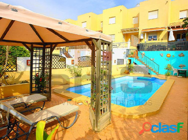 Chalet con piscina privada en Antas. 1