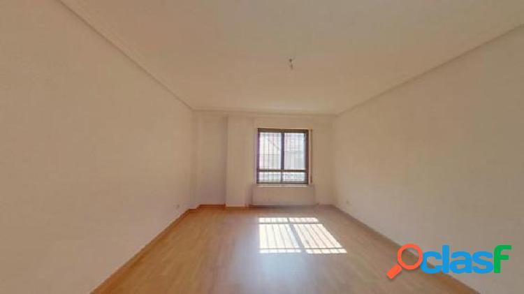 Urbis te ofrece un estupendo piso en zona pizarrales, salamanca