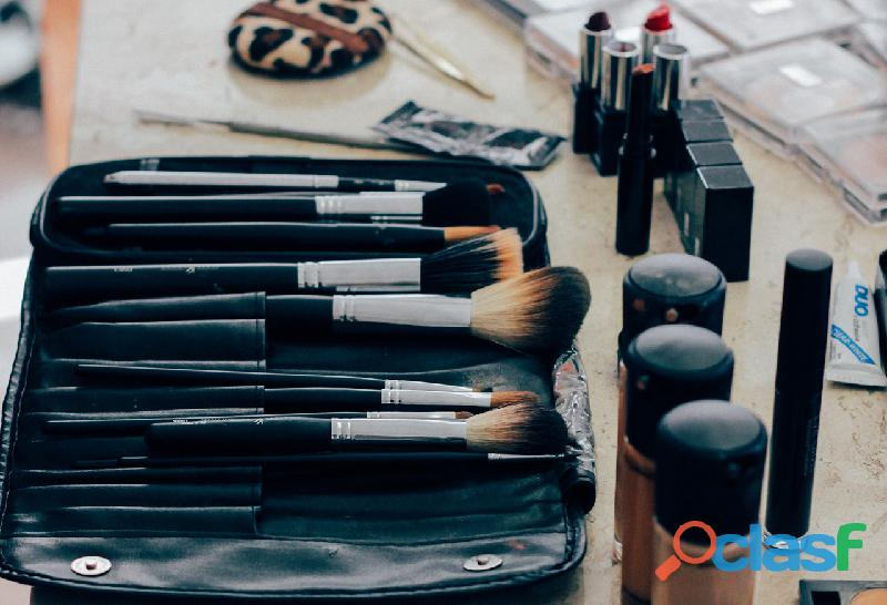 Curso Profesional de Auto Maquillaje 7