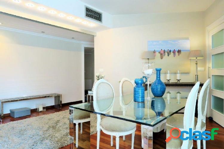 Se vende espectacular piso con excelentes calidades en residencial zona Alfahuir. 2