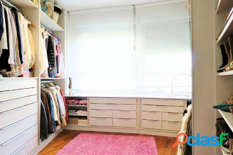 Se vende espectacular piso con excelentes calidades en residencial zona Alfahuir. 3