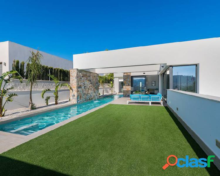 Villa de Obra nueva en venta e