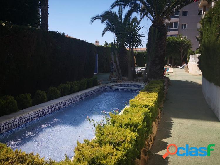 Apartamento 2 dormitorios, piscina en aguas nuevas.