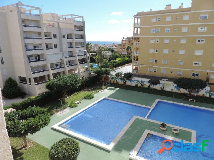 Apartamento con vistas al mar y cerca de la playa