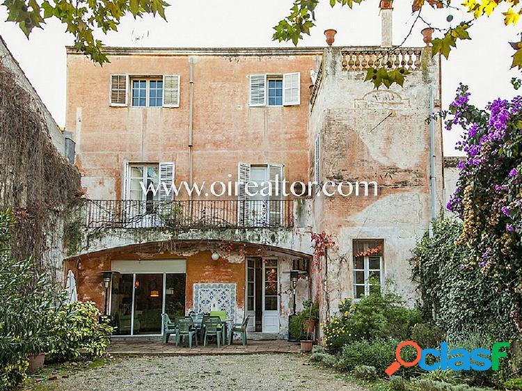Casa en venta en el centro de argentona, barcelona