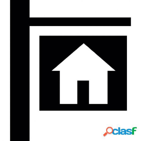Casa en venta vila-real zona pueblo, 300 m. de superficie, 4 habitaciones dobles, un baño. ocasión