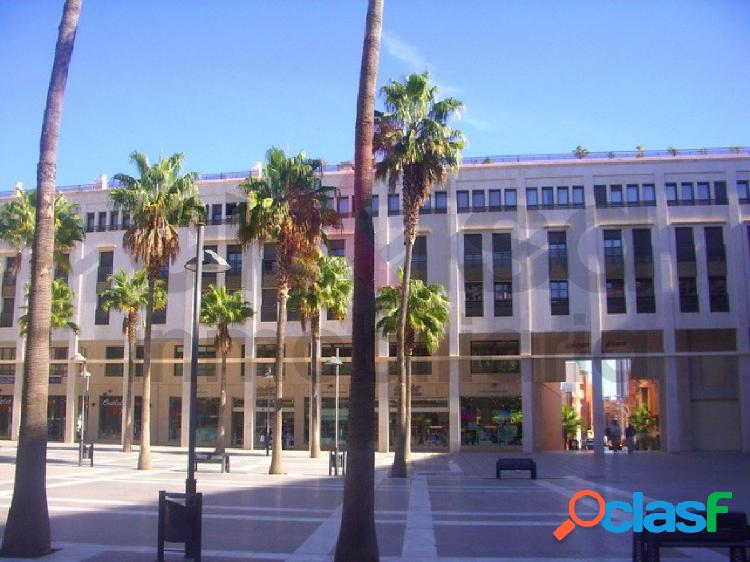 Local comercial calle constantino/plaza mayor