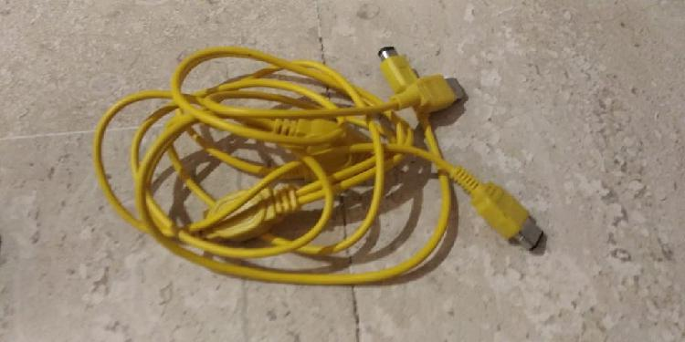 Link cable amarillo gameboy color