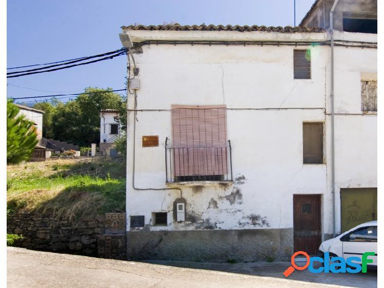 Casa/chalet esquinera adosada en Olvena Somontano Huesca