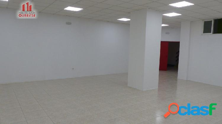 Espectacular local comercial en la zona del couto