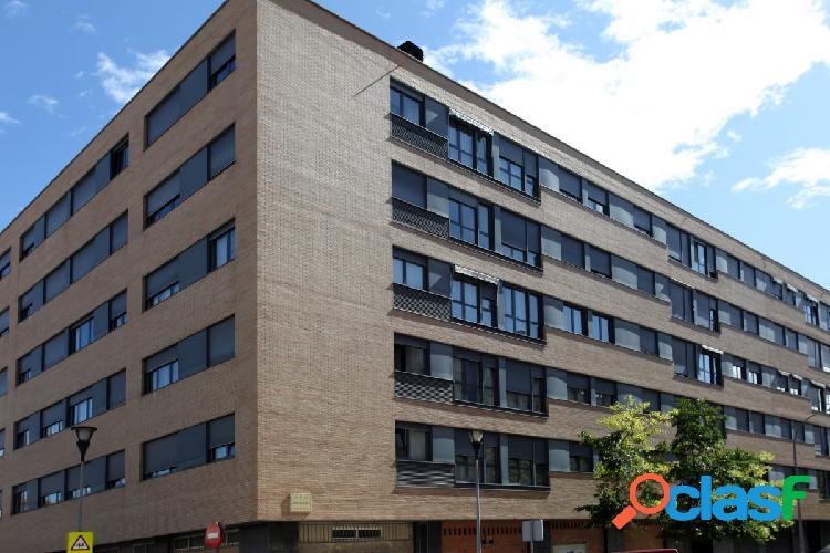 PISO SEMINUEVO EN LA ROTXAPEA DE 3 HABITACIONES Y 2 BAÑOS CON GARAJE Y TARSTERO 1