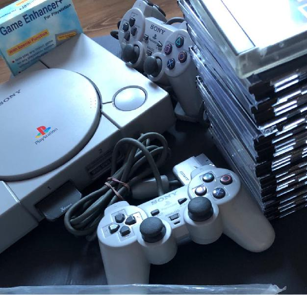 Playstation 1 + juegos + game enhancer
