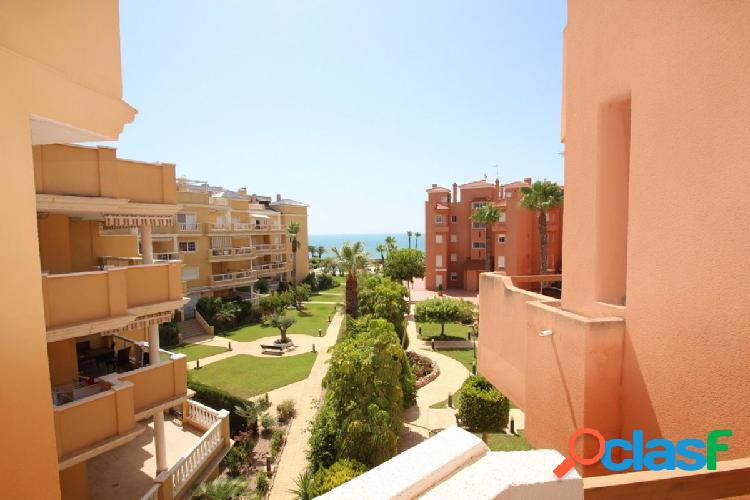Apartamento en la primera linea de la playa cabo roig, orihuela costa.