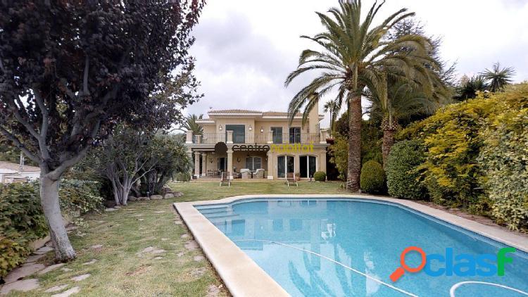 Precioso chalet con piscina privada
